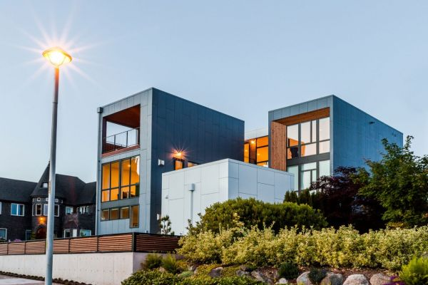 Aurea Residence - A view from the street