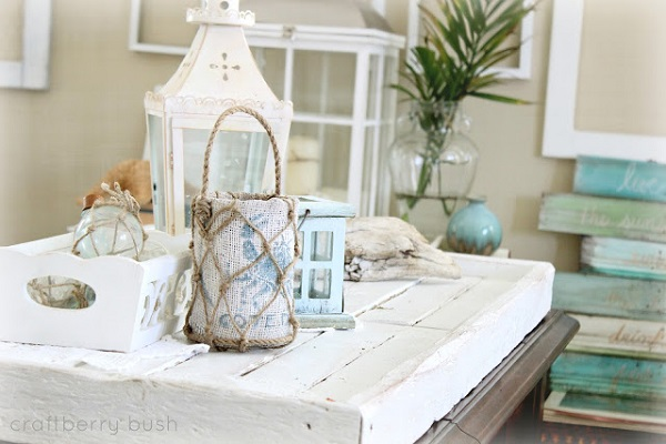 Beach lantern made of burlap and rope