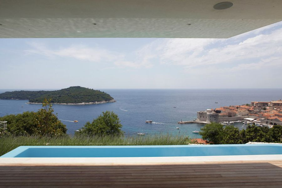Beautful views of lokrum island and dubrovnik from House U