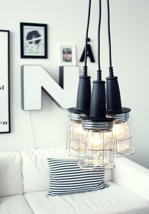 Black and silver hanging work lamp