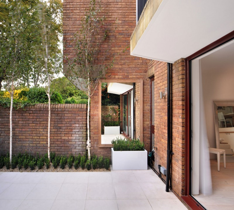 Classic facade of Highgate Residence