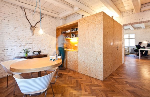 Compact kitchen created from one of the wooden boxes