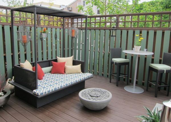 Daybeds seem to bring in a sense of sophistication to the patio