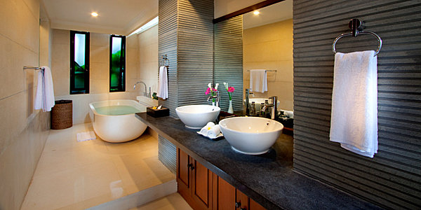 Exotic modern bathroom