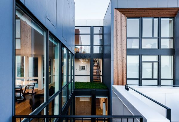 Extensive use of glass in the Aurea home