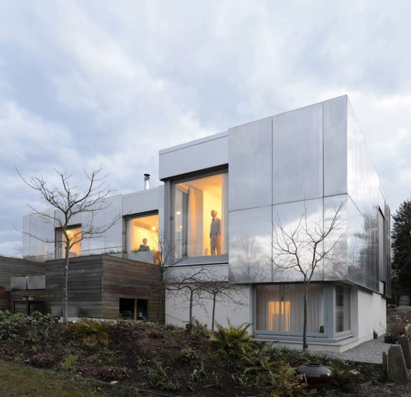 Exterior of the Green Orchid Project in UK Sustainable Green UK Home Combines Smart Technology And Contemporary Design