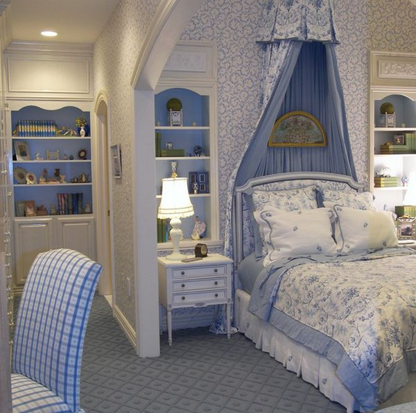 Extravagant French-style teen girls' bedroom
