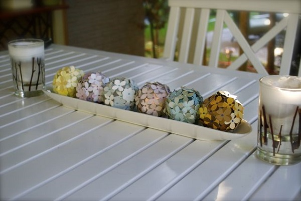 Floral paint chip decorative balls