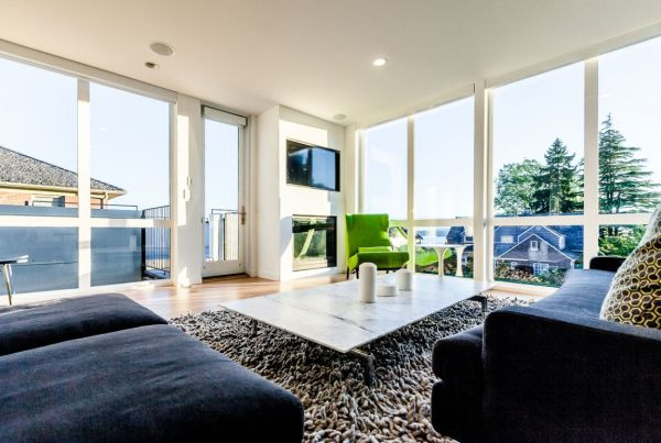 Glass doors and windows provide ample ventilation