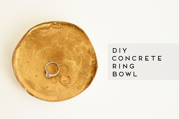 Gold concrete ring dish