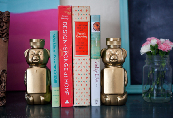 Golden honey bear bookends