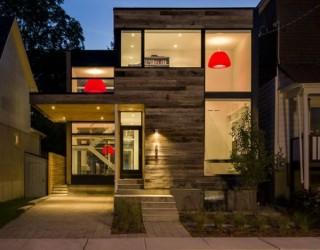 Minimalist Ottawa Residence: Elegant Interiors Out of a Barn