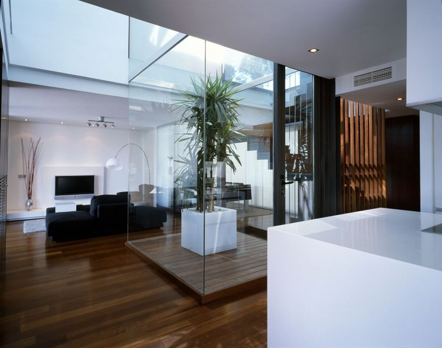 Gorgeous use of glass