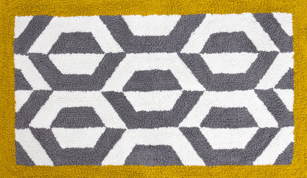 Honeycomb pattern rug