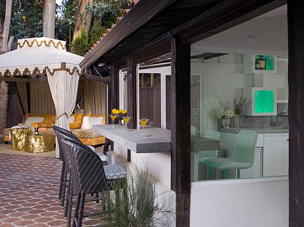 Indoor-outdoor kitchen bar