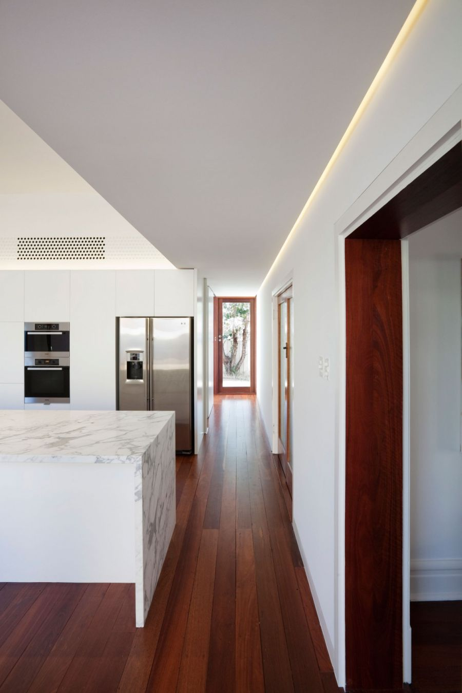 Interiors of Westbury Crescent Residence by David Barr