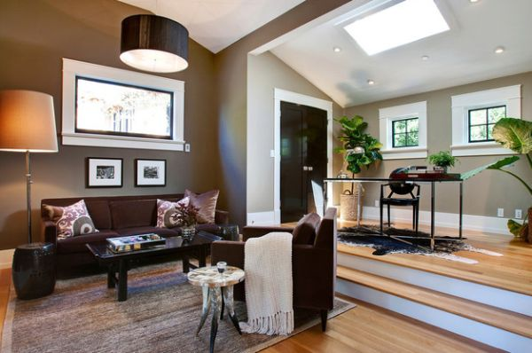 Living area with a drum pendant in black
