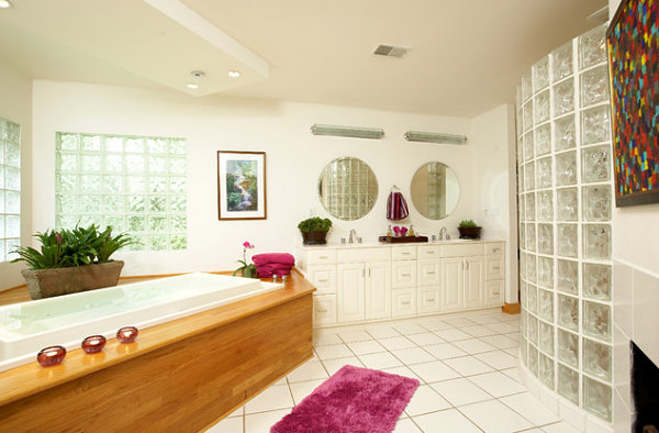 View In Gallery Modern White Bathroom With Glass Block