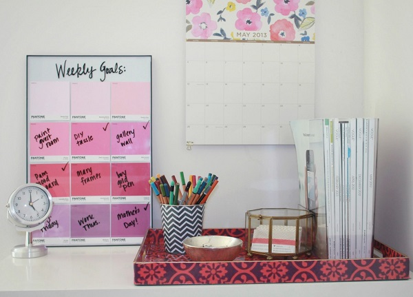 Pink ombre memo board DIY