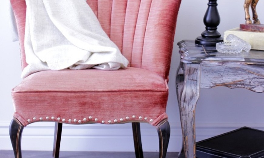 Tufted and Studded: Upholstery Details for Elevated Design