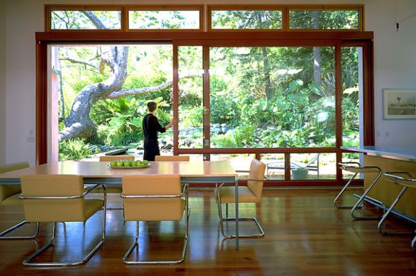 Simple and exquisite dining area with loads of natural ventilation