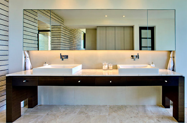 Sleek modern bathroom