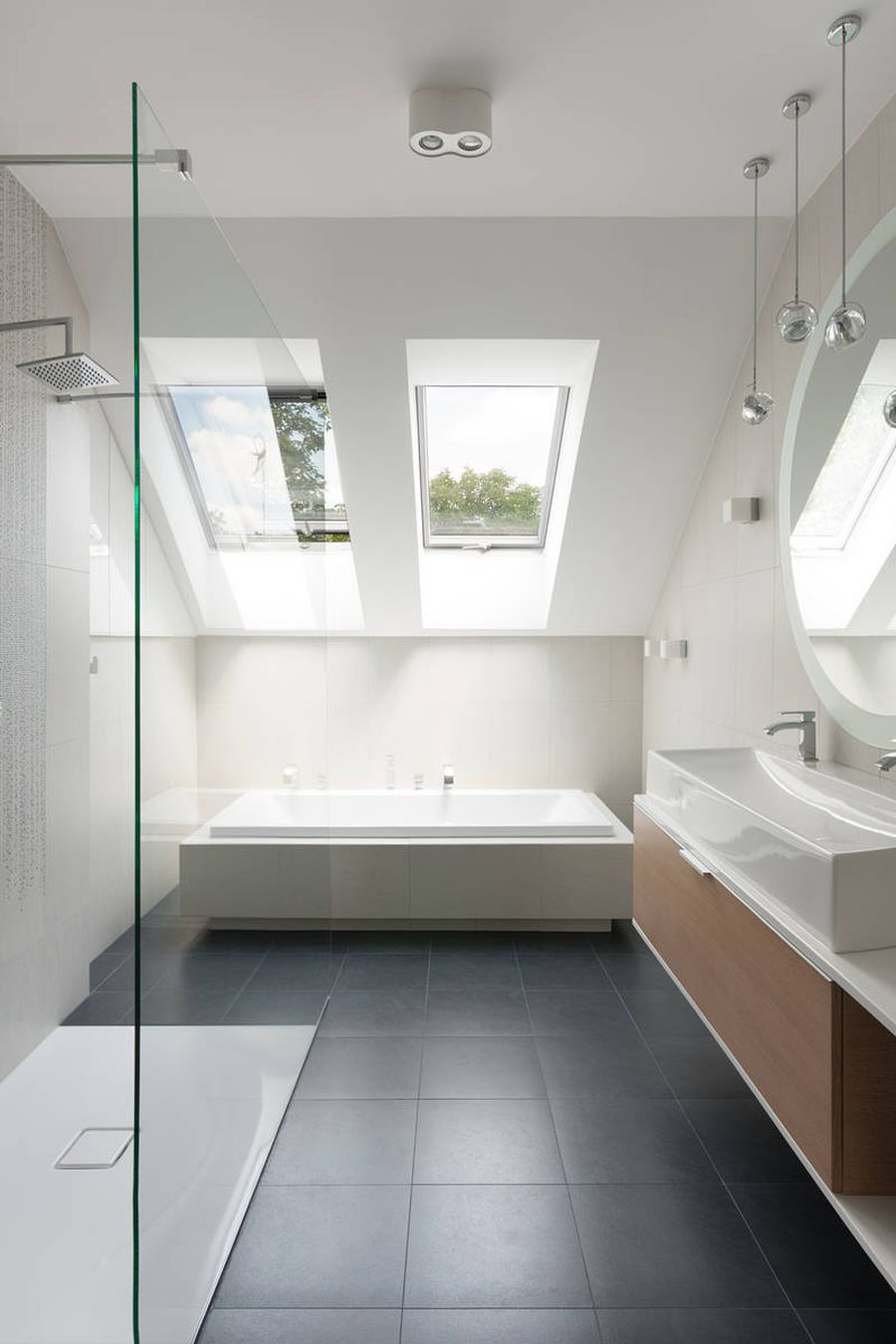 Spa Like Bathroom Colors: Contemporary Home In Poland Displays Minimalism With A