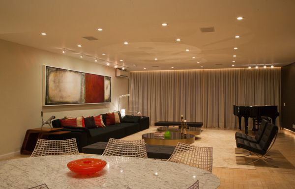 Understated Radiance: Dazzling Recessed Lighting For Warm ...