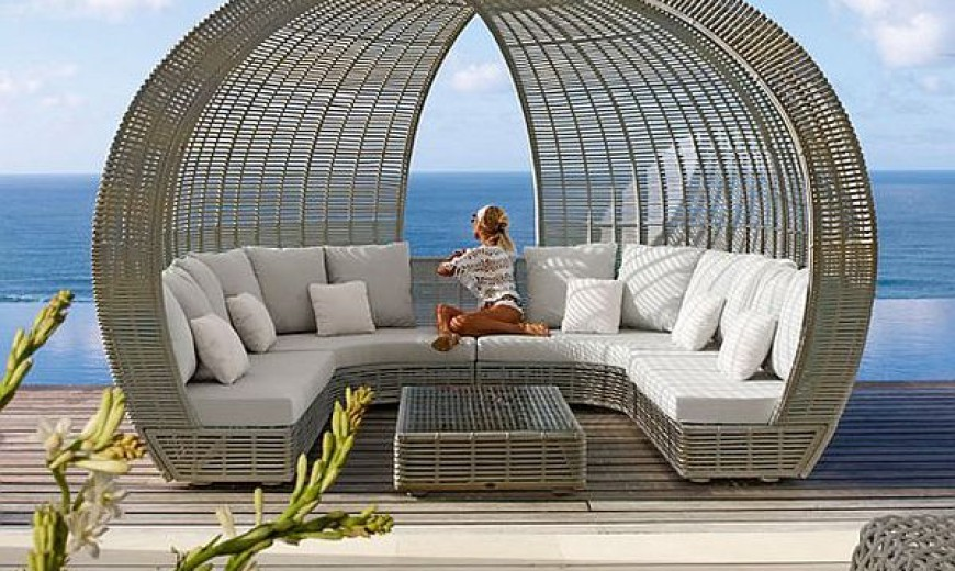 Day Dreaming: Luxurious Daybed Inspirations Bring Together Form And Functionality!