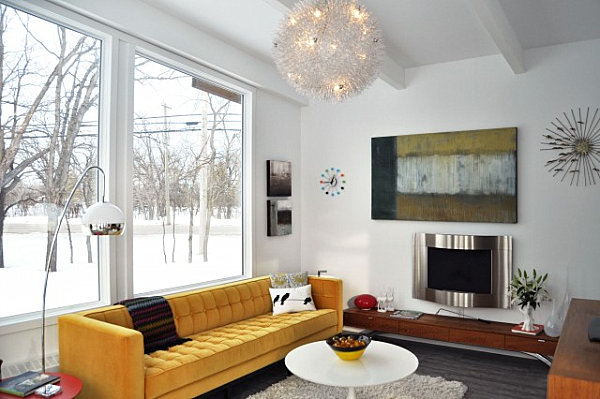 Sunroom with Mid-Century modern style