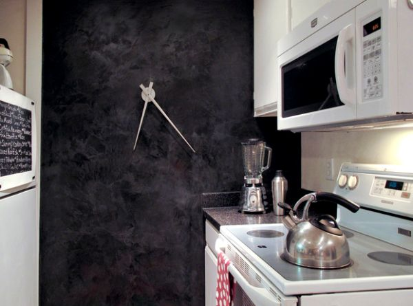 Ultra-sleek clock is a minimalist's delight!