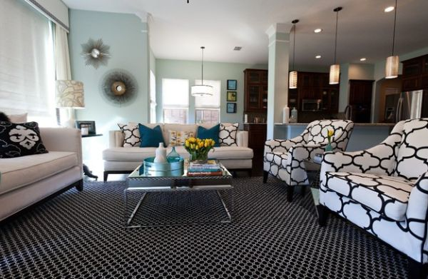 Use accent pillows to mix bold colors and chic patterns