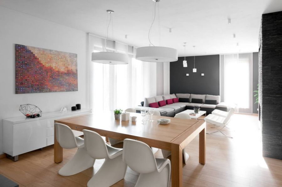 Verner Panton chairs in the dining space