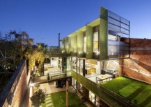 Old Warehouse In Melbourne Acquires A New Lease Of Life!