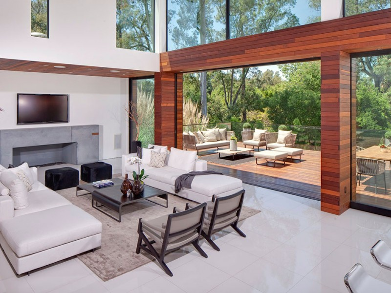beverly hills modern villa Exquisite Beverly Hills Residence at 1060 Woodland Drive