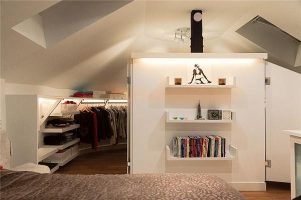 Stylish stockholm loft with classic scandinavian interior for Fancy walk in closet