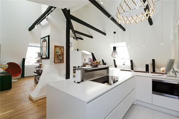 View In Gallery White Kitchen