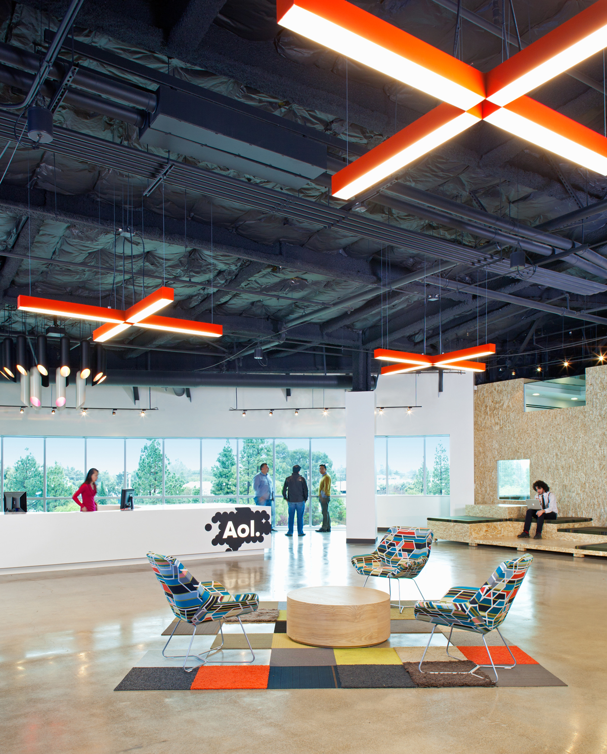 Office designs for tech companies silicon valley for Funky office designs