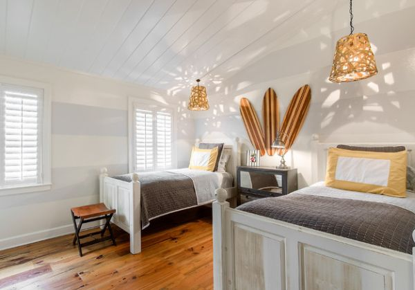 Attic bedroom with a hint of gold