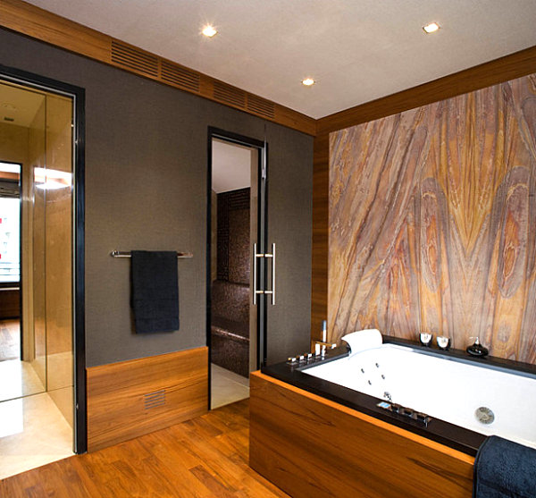 Bathroom with sandstone wall