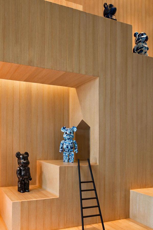 Bear House (2)