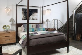 Four Poster Bed: Usher In The Holiday Retreat Vibe!