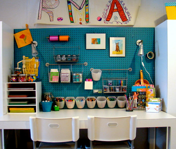 Colorful kids' art center