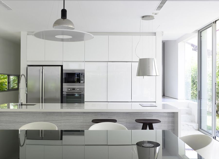 Contemporary kitchen with ergonomic furnishings