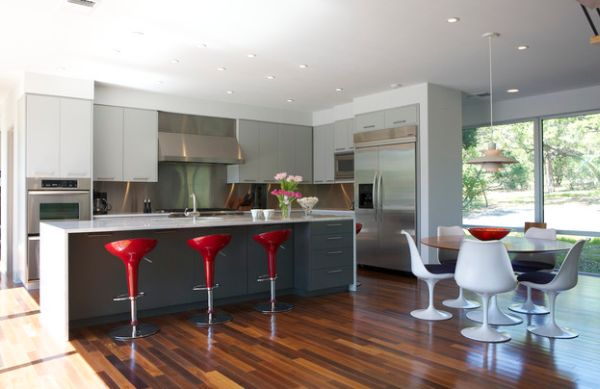 Cool kitchen that is all about stylish seating!