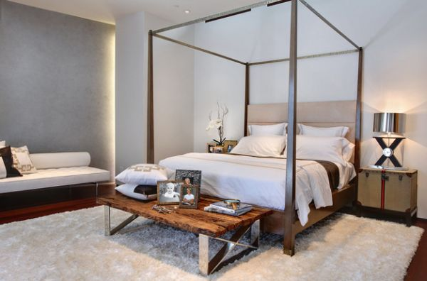 Four poster bed usher in the holiday retreat vibe for 4 poster bedroom ideas