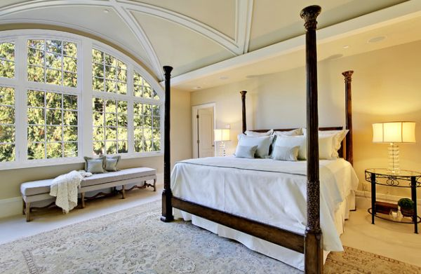 Four-poster bed adds class to the spacious bedroom