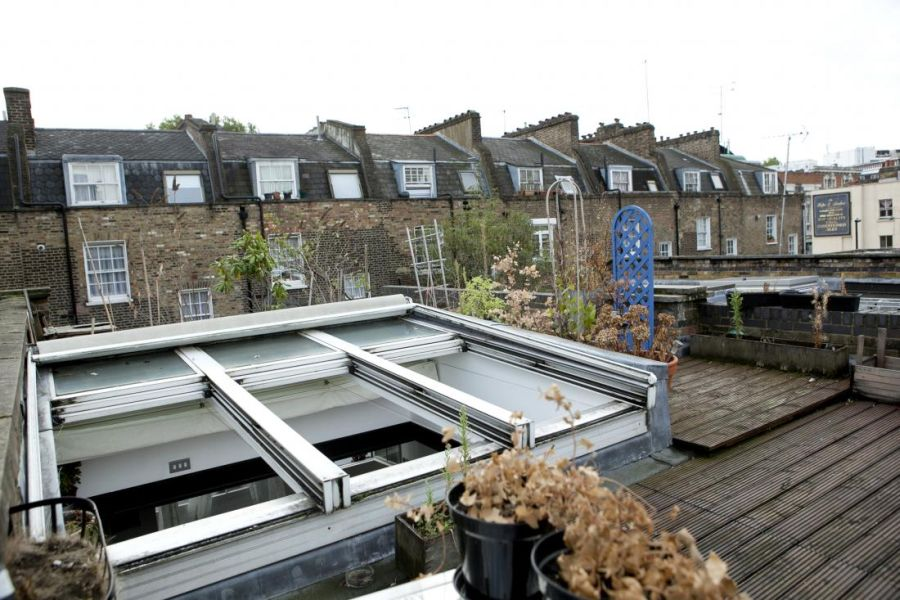 Glass rooftop of London home