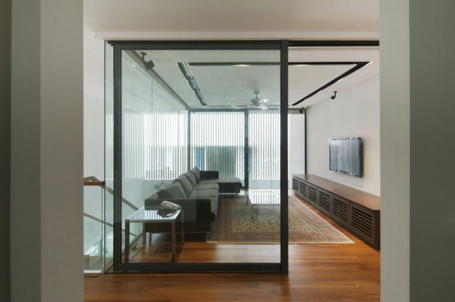 Charmant Wind Vault House Exceptional Façade Meets Exclusive Interiors. Sliding Glass  Wall ...