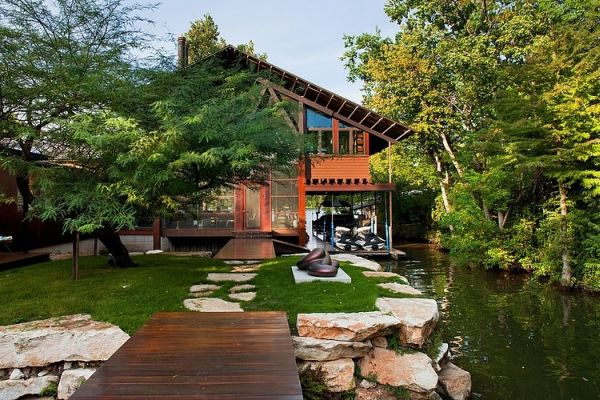 Lakefront Residence designed by Audino Construction
